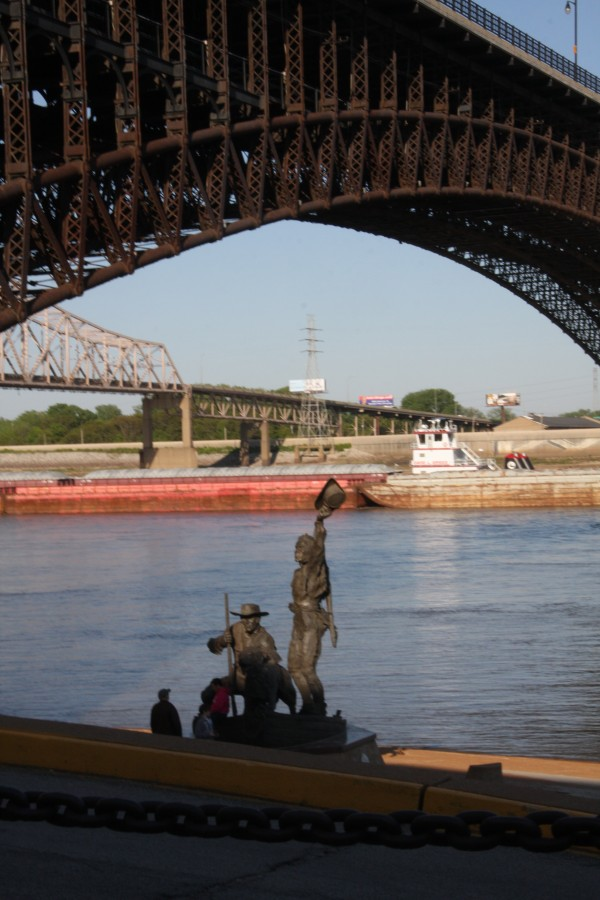 Lewis & Clark statue on the Mississippi Riverfront