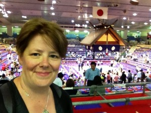attending a sumo tourney