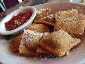 Toasted ravioli photo used by creative commons license via Liza Lagman Sperl on FLicker