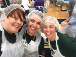 packing-meals-for-world-food-day